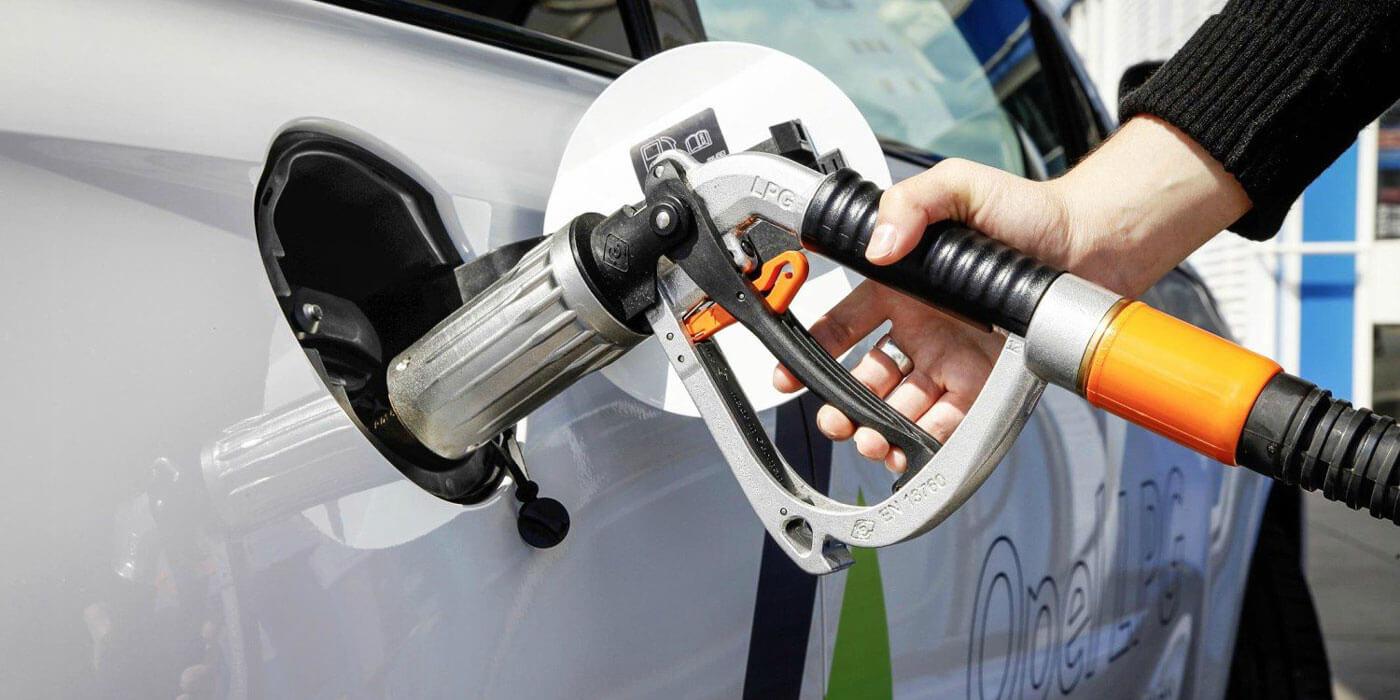 Używany samochód z LPG – czy warto kupić?