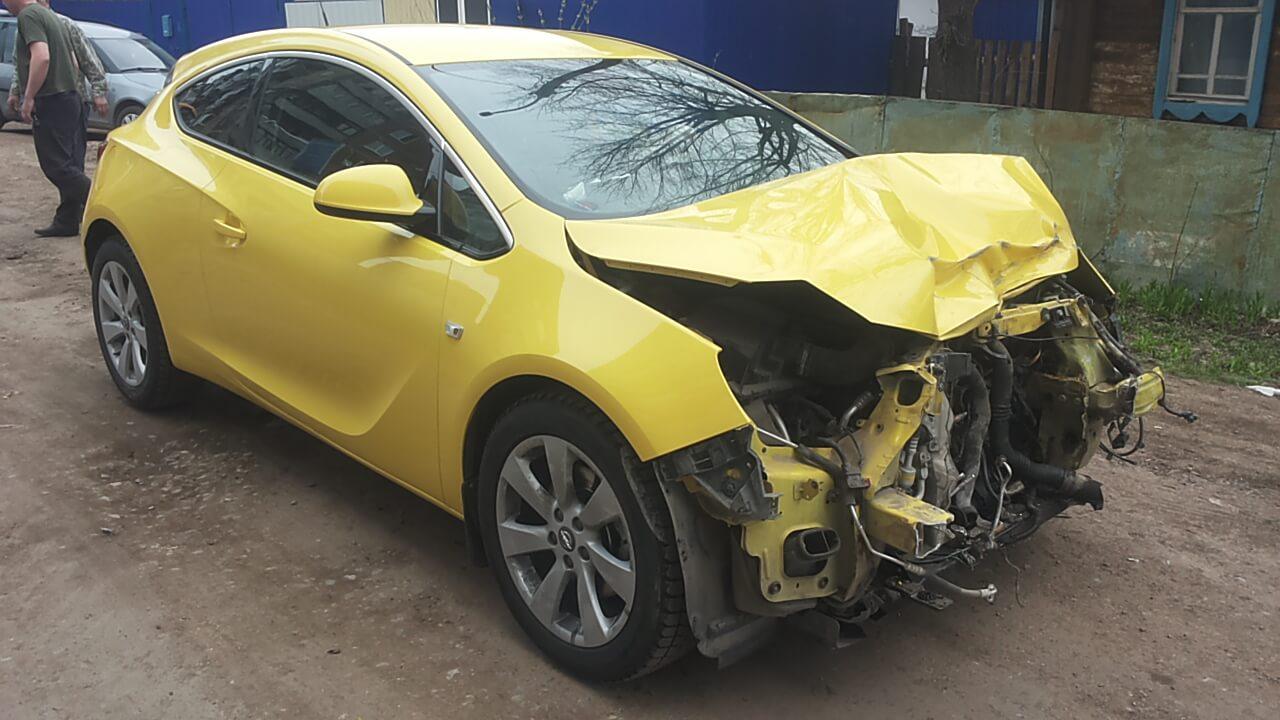 Auta powypadkowe – czy bezpieczne?